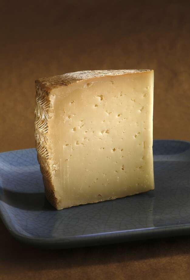 La Oveja Negra, named after the black-skinned sheep it is made from, tastes like lemon cheesecake. Photo: Craig Lee, Special To The Chronicle