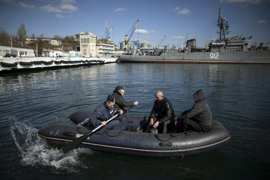 SEVASTOPOL, UKRAINE - MARCH 13:  Food is collected to take aboard a Ukrainian naval ship, on March 13, 2014 in Sevastopol, Ukraine. As the standoff between the Russian military and Ukrainian forces continues in Ukraine's Crimean peninsula, world leaders are pushing for a diplomatic solution to the escalating situation. Crimean citizens will vote in a referendum on 16 March on whether to become part of the Russian federation.  (Photo by Dan Kitwood/Getty Images) *** BESTPIX *** Photo: Dan Kitwood, Getty Images