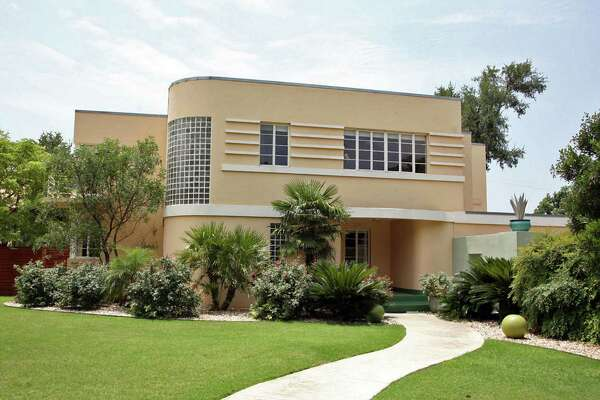 The house may look like one in Florida's trendy South Beach, but the 1939 art deco house calls Monte Vista home.
