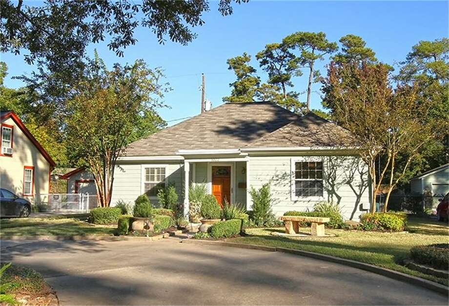 1022 W 43rd: This 1947 home has 3 bedrooms, 2 bathrooms, and 1,700 square feet. Listed for $$389,900. Open house: 3/16/2014, 2 p.m. to 4 p.m. Photo: Houston Association Of Realtors