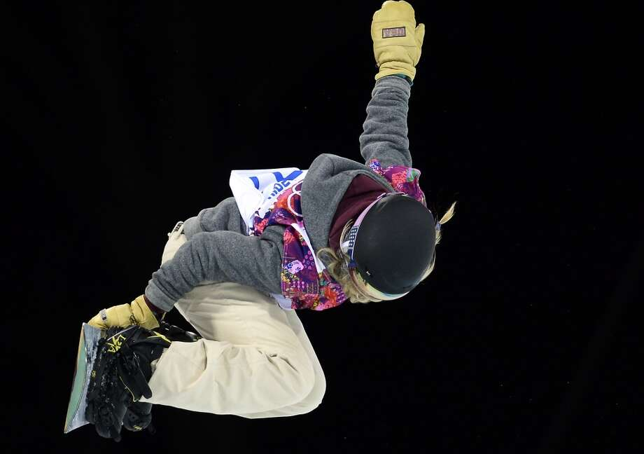 US Hannah Teter competes in the Women's Snowboard Halfpipe Final at the Rosa Khutor Extreme Park during the Sochi Winter Olympics on February 12, 2014. Photo: FRANCK FIFE, AFP/Getty Images