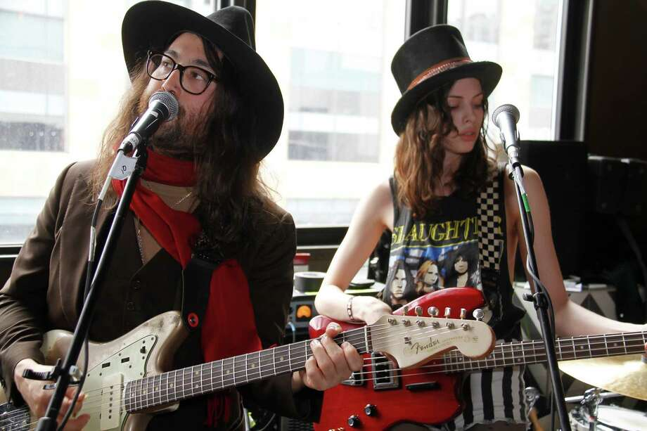 AUSTIN, TX - MARCH 14: Sean Lennon and Charlotte Kemp Muhl perform with The Ghost of a Saber Tooth Tiger at Mal Verde for eBay Giving Works and Nylon Launch MusiCares Auction during SXSW 2014 on March 14, 2014 in Austin, Texas. Photo: Rahav Segev, Getty Images For EBay Giving Wor / sxsw2016