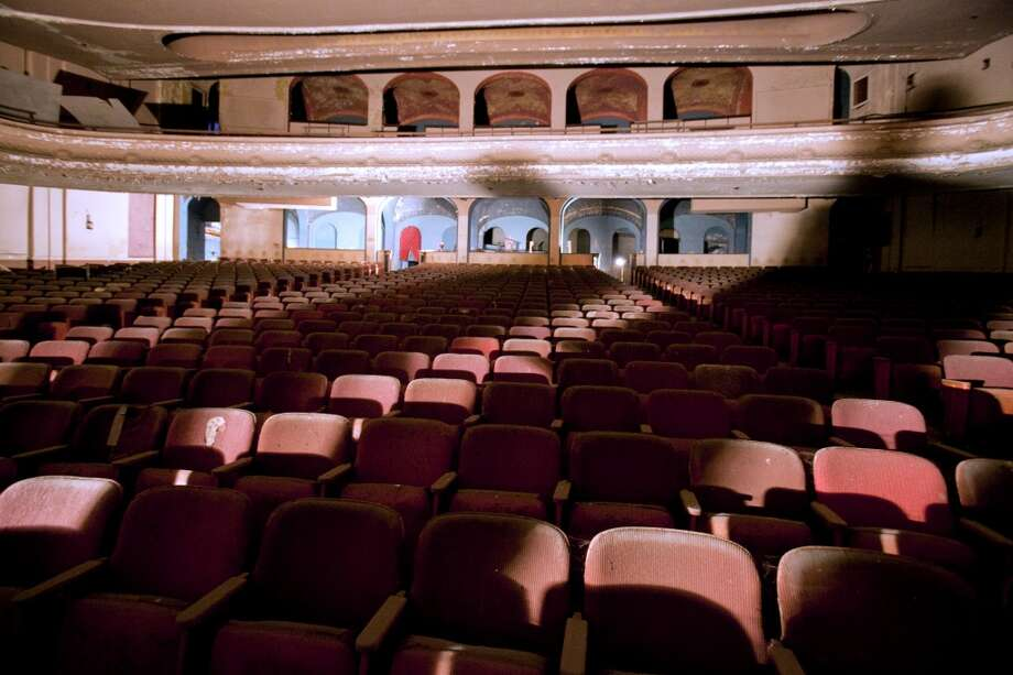 In 2014, the city of Troy also found a new use for Proctor's Theater on Fourth Street, which had been closed for 1977. Here are photos from inside the venue in 2014.