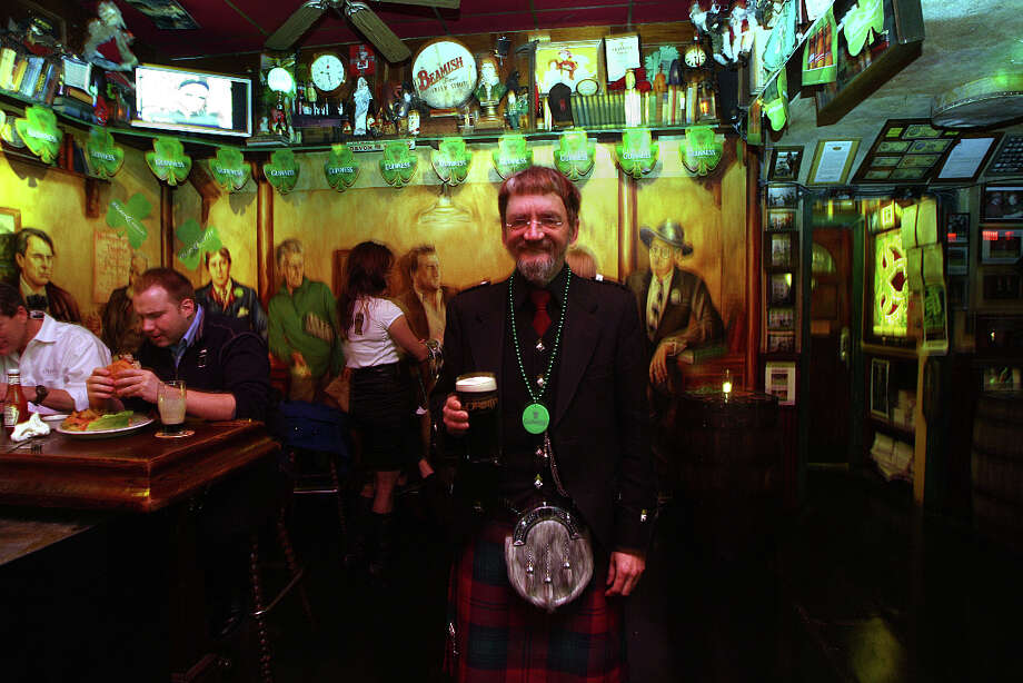 Another block party, you ask? Why, yes, indeed! O'Reilly's is hosting one in North Beach starting at noon on Monday. There's a $10 cover charge, music from the Gas Men, McCrae's Battalion, the Shams, Shantytown, Zoo Station, Irish Pipers, Whelan Dancers and DJ Father Ted. Photo: Liz Hafalia, The Chronicle / SFC
