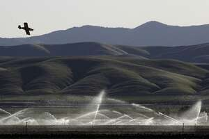 Obama proposes new approaches to Western water shortages - Photo