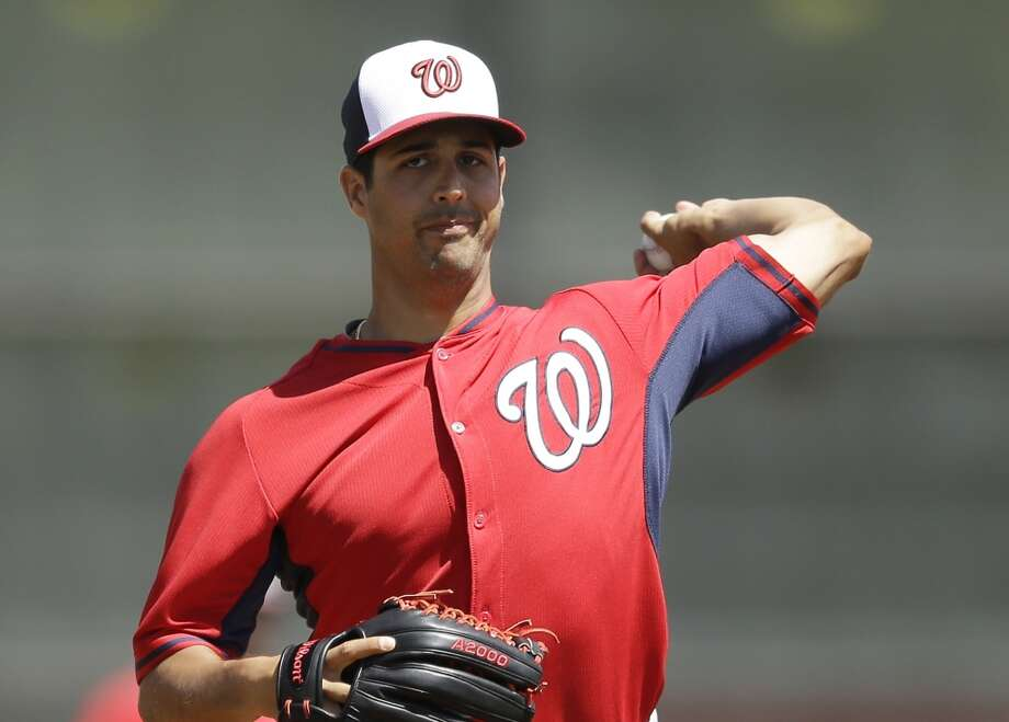 Gio Gonzalez throws a pitch. Photo: Carlos Osorio, Associated Press