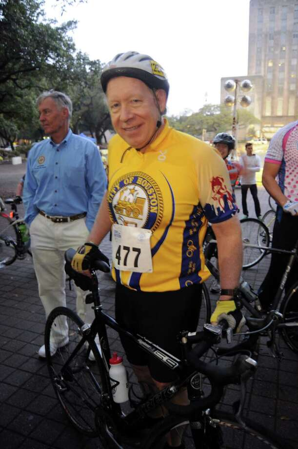 Former mayor Bill White prepares to start at the annual Tour de Houston bike ride downtown Sunday  March 16, 2014. Photo: Dave Rossman, For The Houston Chronicle / Freelance