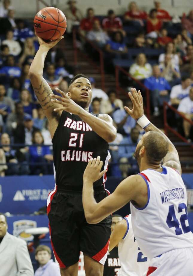 Louisiana-Lafayette Ragin' Cajuns (23-11)  Conference: Sun Belt Conference (automatic bid)  Seeding: No. 14 in West region  Odds to win it all: 1,000/1 Photo: Bill Haber, Associated Press