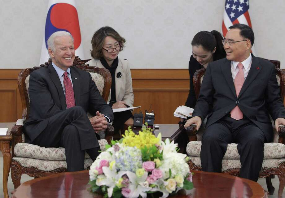 U.S. Vice President Joe Biden (L) talks with South Korean Prime Minister Jung Hong-Won (R) during their meeting in December. Among the topics they discussed was the Trans-Pacific Partnership, which critics want to derail. Photo: Chung Sung-Jun, Getty Images / 2013 Getty Images