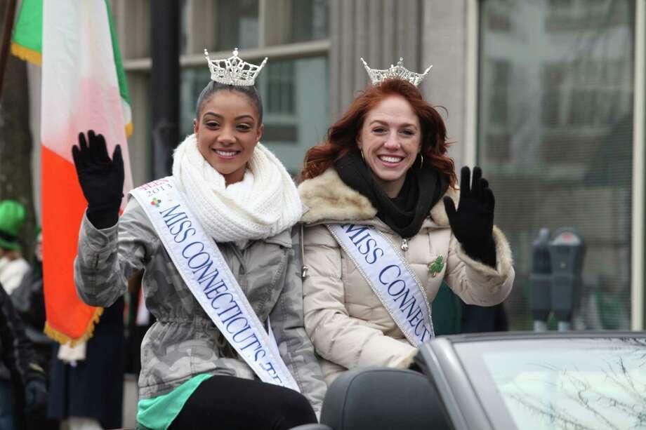 Bridgeport hosts the Greater Bridgeport 32nd St.Patrick's Day Parade on Monday, March 17, 2014. Photo: BK Angeletti, B.K. Angeletti / Connecticut Post freelance B.K. Angeletti