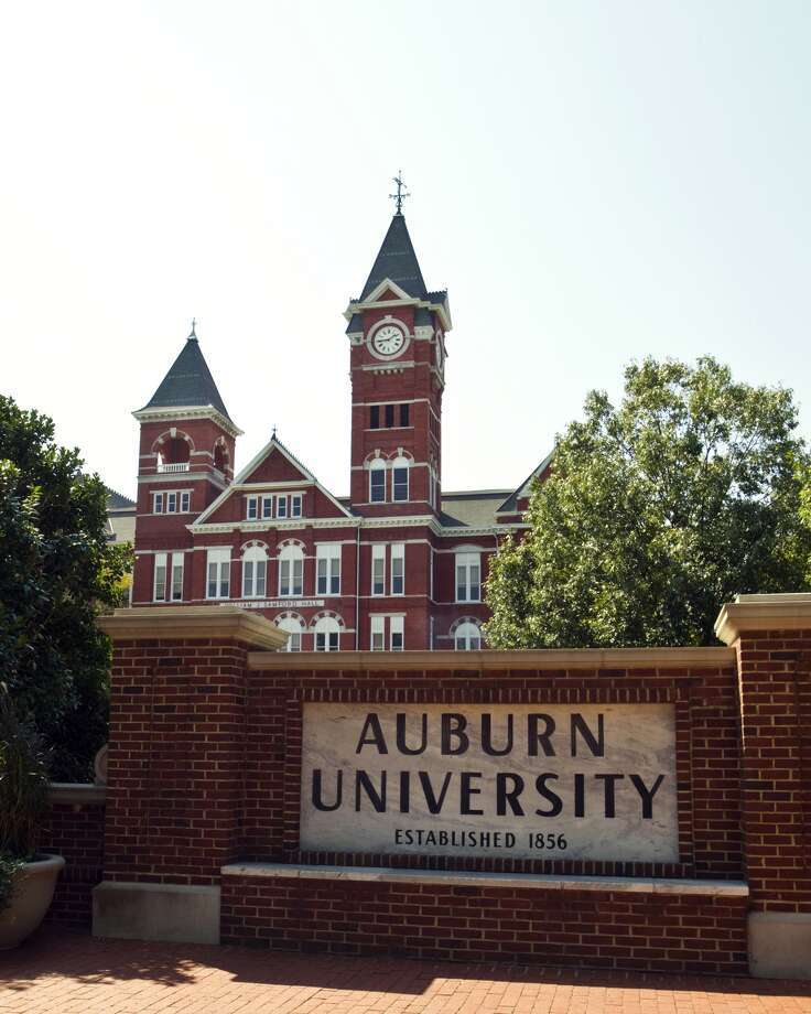 7. Auburn UniversityLocated in Auburn, AlabamaEnrollment: 24,864 Photo: Getty Images