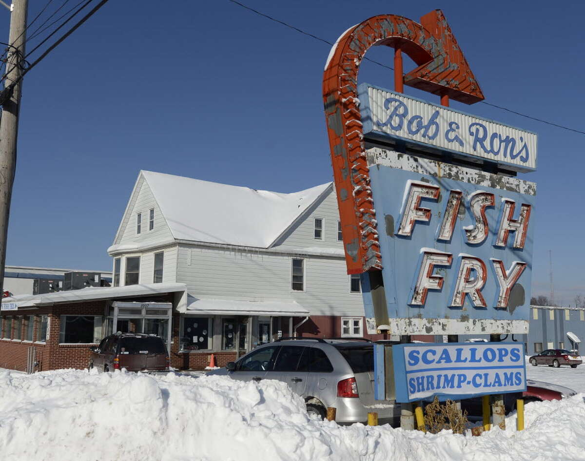 The iconic Bob & Ron's Fish Fry sign along Central Avenue in Albany (Skip Dickstein/Times Union)