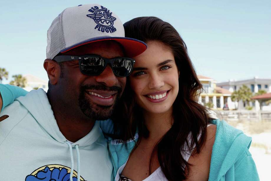 Victoria's Secret PINK model Sara Sampaio and DJ Irie host PINK Nation Spring Beach Party on March 13, 2014 in Destin, Florida. Photo: Don Juan Moore, Getty Images / 2014 Getty Images