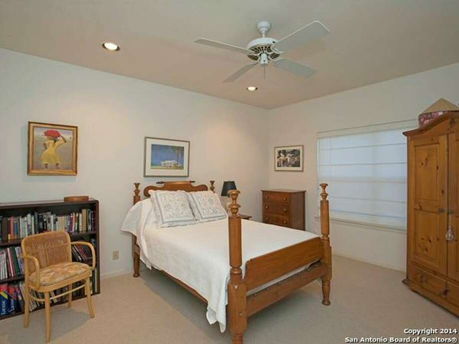 118 Via Finita St San Antonio, TX 78229-4621 Photo: San Antonio Board Of Realtors