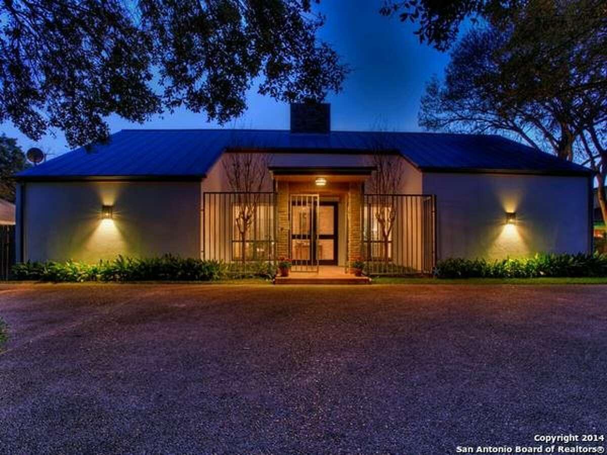 118 Via Finita St San Antonio, TX 78229-4621