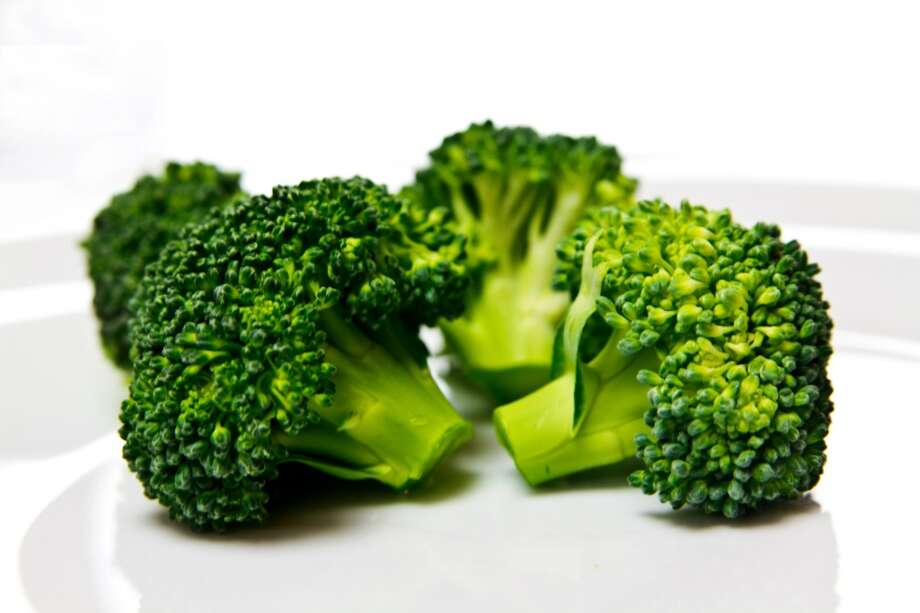 Broccoli7 g per 11-inch stalk  Move over, meat. The veggie side of the plate is protein-filled, too. These green guys not only boast low calories and high levels of vitamins and antioxidants but also almost as much protein as a cup of milk. Puree some as a base for soups to add even more protein to your meal, since each bunch of broccoli contains a whopping 17 grams. Photo: Lacaosa, Getty Images/Flickr RF