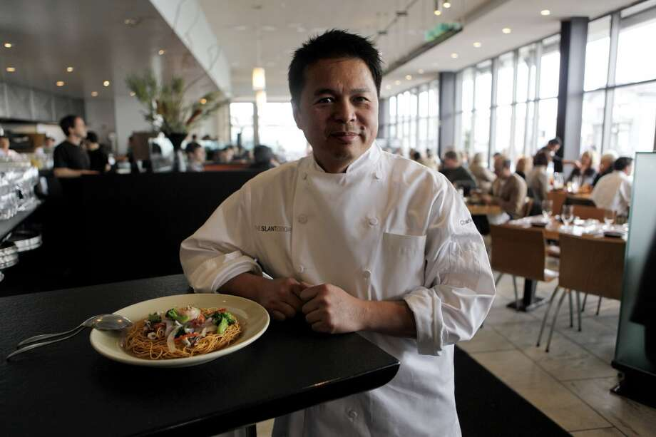 OUTSTANDING RESTAURANT: Slanted Door Photo: Michael Macor, The Chronicle