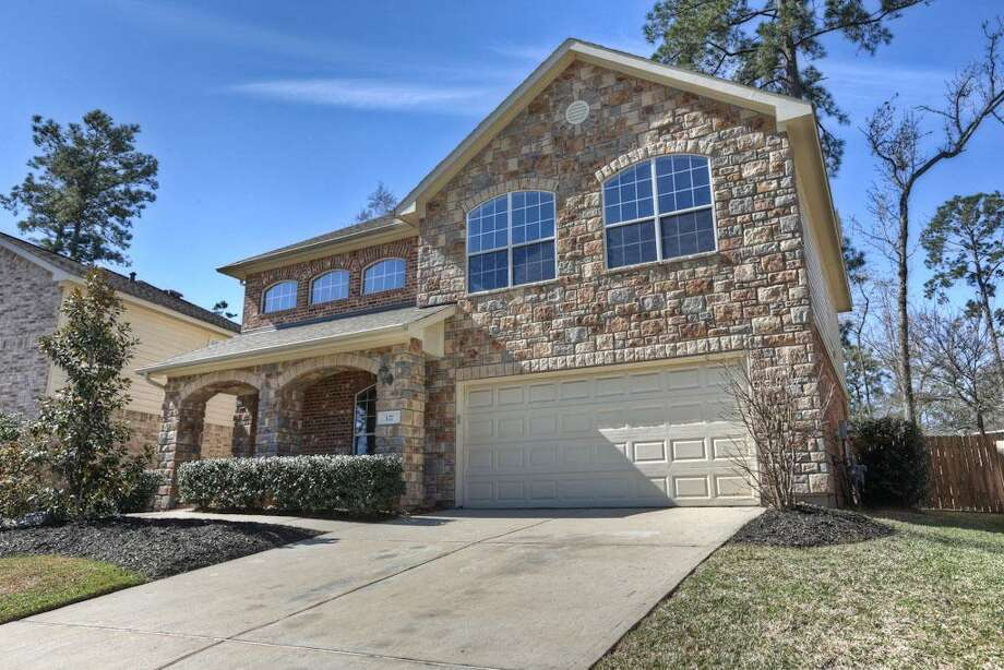 127 Spinning Wheel: This 2006 home has 3 bedrooms, 2.5 bathrooms, 2,373 square feet, and is listed for $295,000. Photo: Houston Association Of Realtors