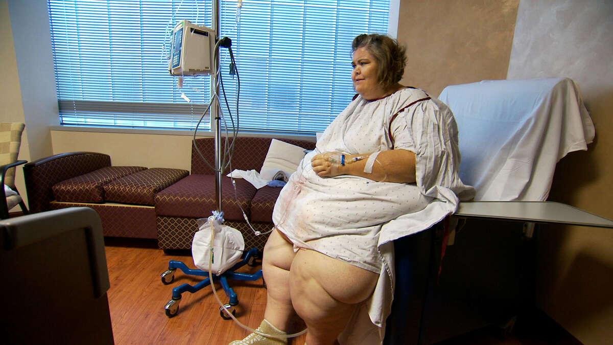 MY 600-LB LIFE (2012 - PRESENT) Zsalynn Whitworth sits on a hospital chair while recovering after surgery in this scene from TLC'S