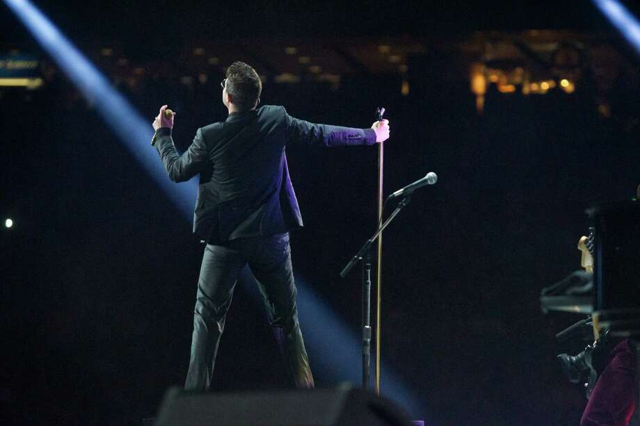 Robin Thicke performs at Reliant Stadium during the Houston Livestock Show and Rodeo, Tuesday, March 18, 2014, in Houston. Photo: Marie D. De Jesus, Houston Chronicle / © 2014 Houston Chronicle