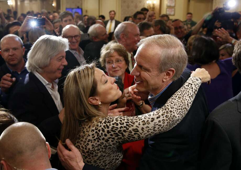 Republican candidate for Illinois Governor Bruce Rauner (R) greets supporters  after winning the nomination in the Illinois Primary in Chicago, March 18, 2014.   REUTERS/Jim Young (UNITED STATES - Tags: POLITICS ELECTIONS) Photo: Jim Young, Reuters