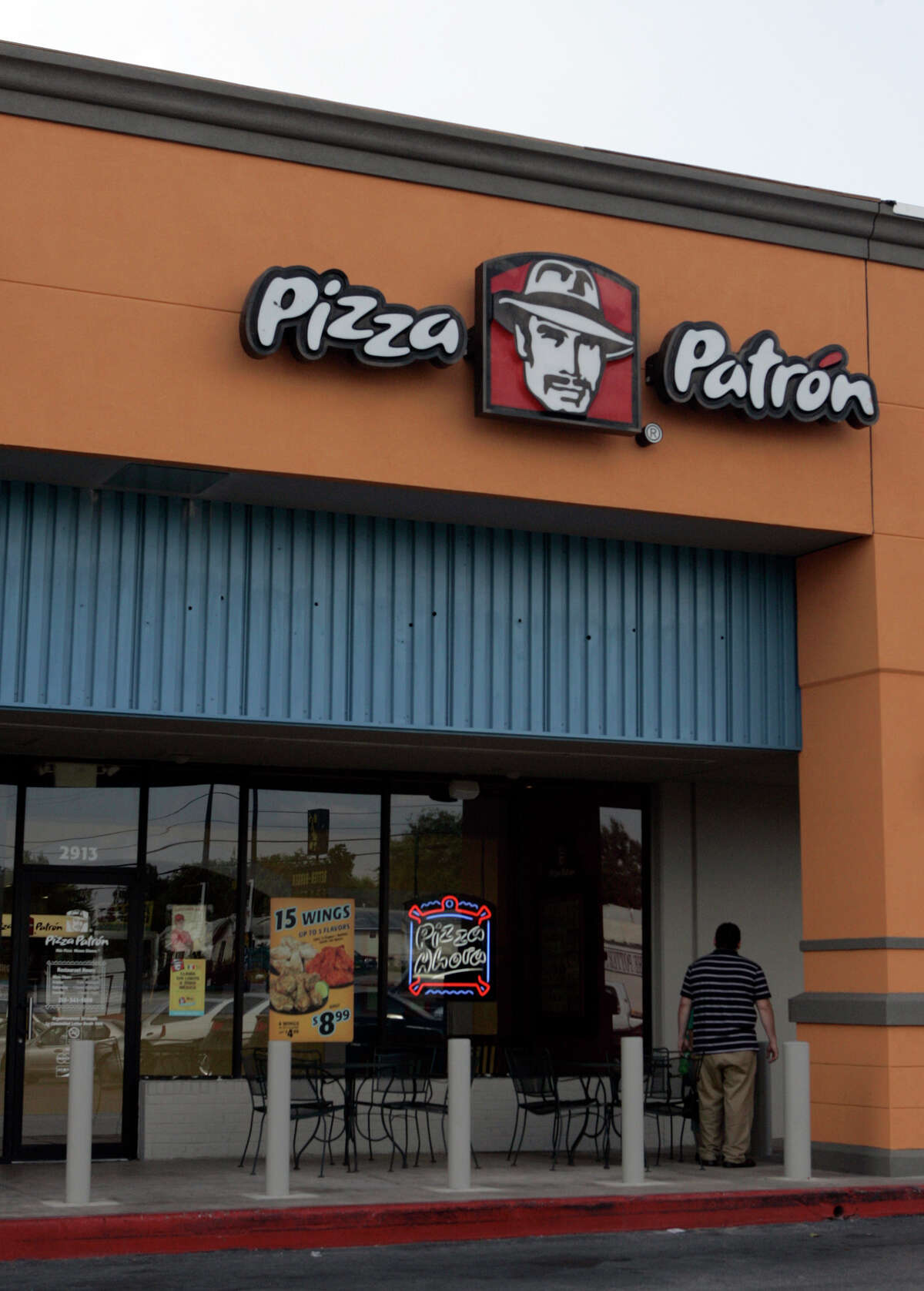 Pizza Patron #88: 3116 Nogalitos St. Date: 03/06/2017