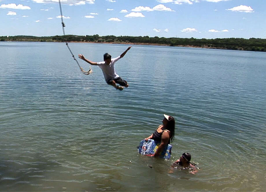 Boerne City Lake offers swimming, boating, fishing and picnicking. / agrant@express-news.net