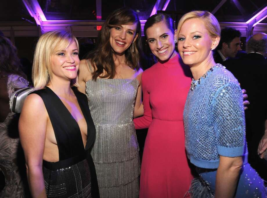 WEST HOLLYWOOD, CA - MARCH 02:  (EXCLUSIVE ACCESS, SPECIAL RATES APPLY) Reese Witherspoon, Jennifer Garner, Allison Williams and Elizabeth Banks attend the 2014 Vanity Fair Oscar Party Hosted By Graydon Carter on March 2, 2014 in West Hollywood, California.  (Photo by Kevin Mazur/VF14/WireImage) Photo: WireImage