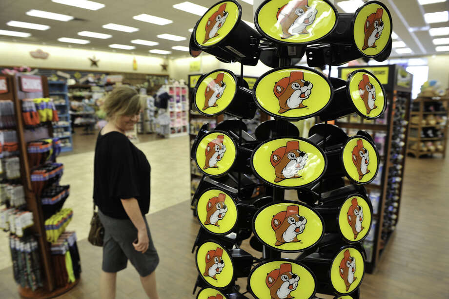 Readers continue to weigh in on U.S. Rep. Joaquin Castro's, D-San Antonio, call for a boycott of Buc-ee's because its owners endorsed state Sen. Dan Patrick, R-Houston, for lieutenant governor. Photo: Express-News File Photo / SAN ANTONIO EXPRESS-NEWS