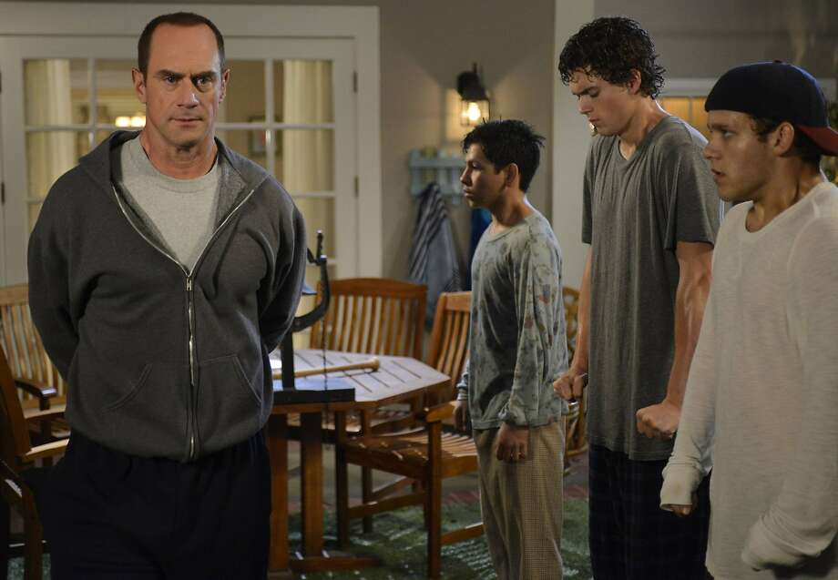 "Christopher Meloni is a stay-at-home dad in the new Fox sitcom, the unfunny ""Surviving Jack."" Photo: Ros Eisenberg, Fox"
