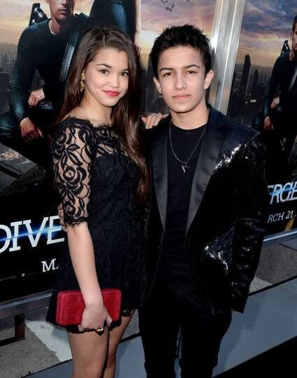 Actors Paris Bereic (L) and Aramis Knight arrive at the premiere ...
