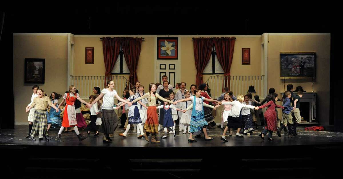 Photos of the final dress rehearsal of