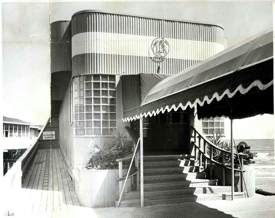 The Balinese Room in 1957. Photo: Owen Johnson, Houston Chronicle Files / Houston Post