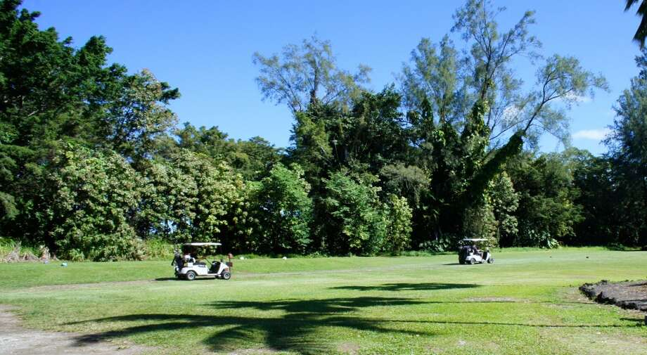 The par-35, nine-hole Naniloa Golf Course is across from Hilo Naniloa Hotel.