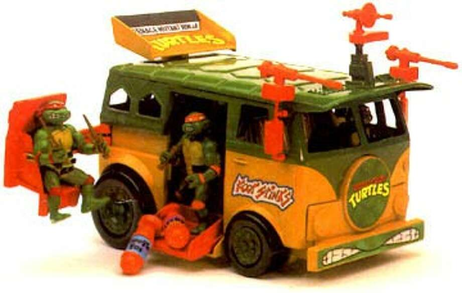 "Here's the original ""Teenage Mutant Ninja Turtles"" Party Bus. Now check it out as a Transformer."