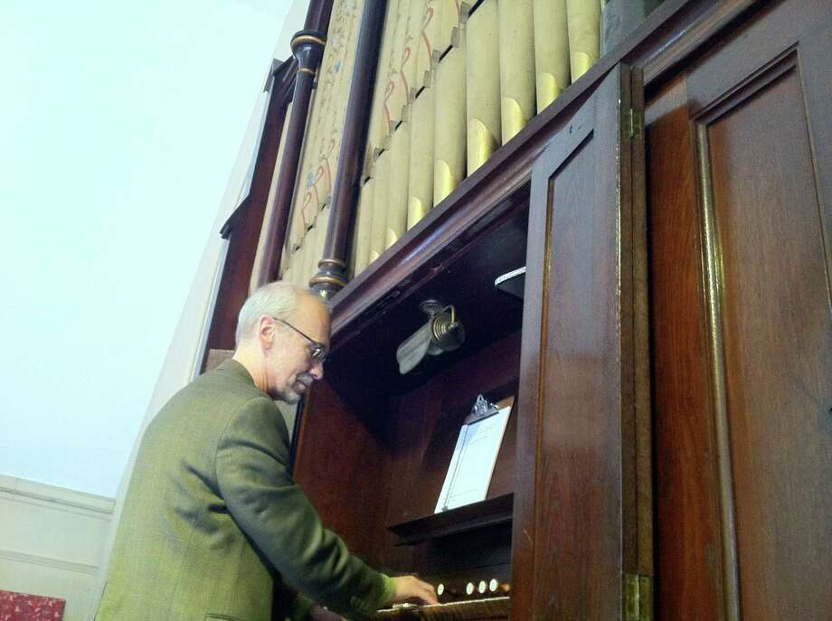 Stephen Rapp, who has had a long career as a church musician and performer, will perform at the Unitarian Universalist Society in Stamford's organ concert on Sunday, March 30, at 4 p.m., which will feature the sound of the Stamford, Conn., church's late 1800 pipe organ. For more information, visit www.uusis.org or call 203-964-0078. Photo: Contributed Photo / Stamford Advocate Contributed