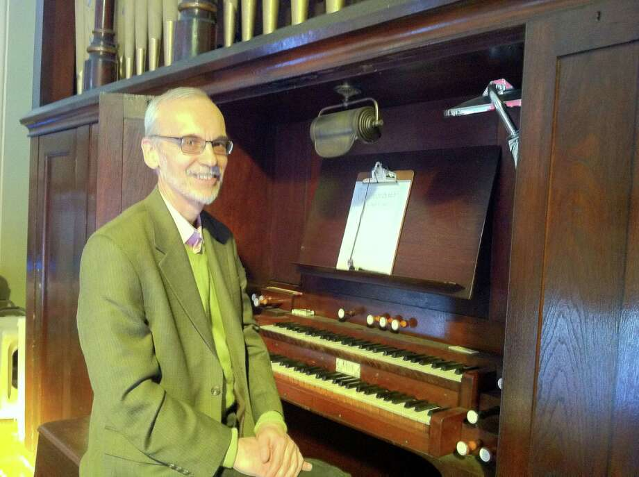 Stephen Rapp, who is the longtime director of music at Stamford, Conn.'s St. John's Lutheran Church, will make a visit to the Unitarian Universalist Society church in downtown Stamford on Sunday, March 30, 2014, to perform at an organ concert at 4 p.m. Find out more.  Photo: Contributed Photo / Stamford Advocate Contributed