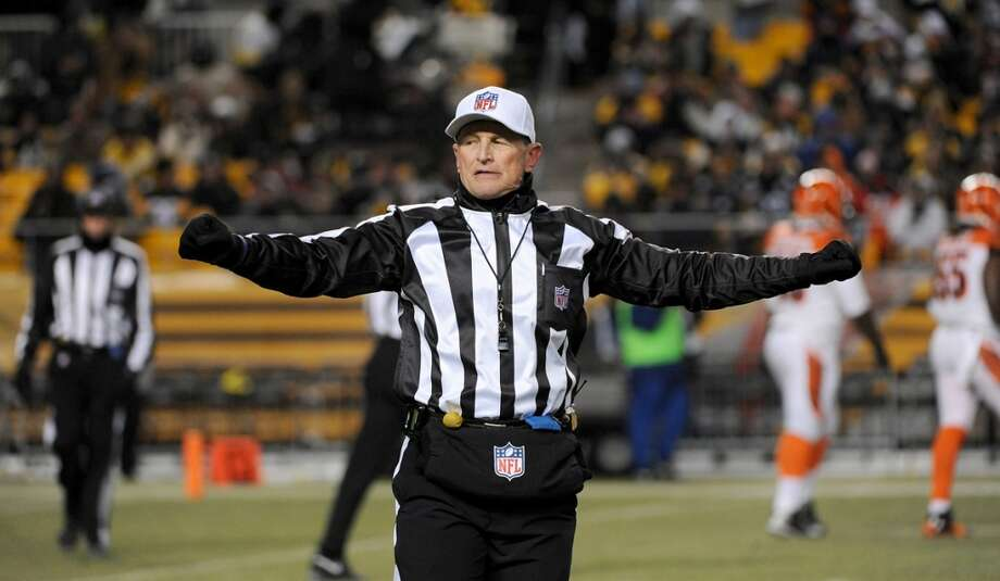 University of Texas at El Paso:  16.3| Famous Alumni: Ed Hochuli, NFL referee (pictured); F. Murray Abraham, actor; Tim Hardaway, NBA player; Nate Archibald, NBA player Photo: George Gojkovich, Getty Images