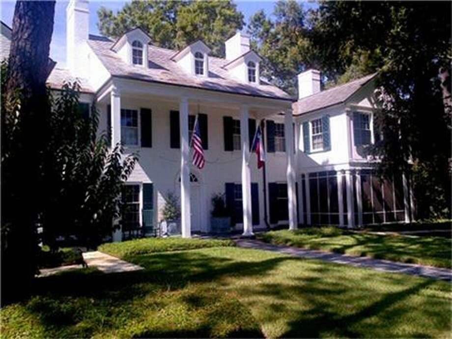 This charming plantation-style home, located at 1936 Rice Blvd.