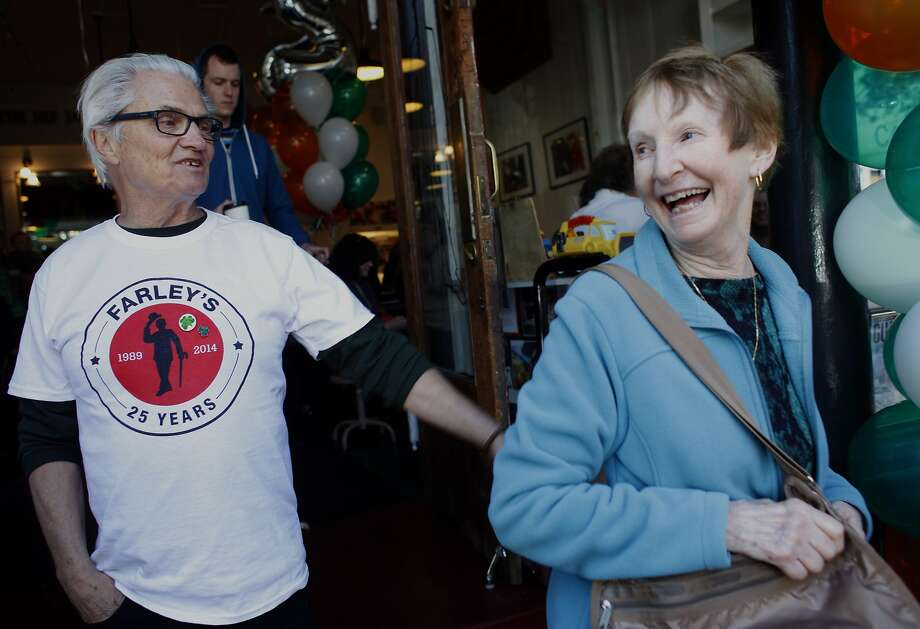 Roger Hillyard, who founded Farley's coffeehouse in 1989, thanks Judi Dennehy for visiting the Potrero Hill coffeehouse. Photo: Lacy Atkins, The Chronicle