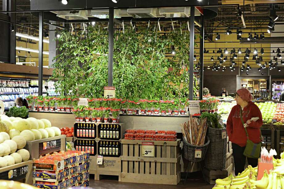 First ever attempt to grow hydroponic fruit in a supermarket at Price Chopper's new Market Bistro Thursday March 20, 2014, in Colonie, N.Y.  (John Carl D'Annibale / Times Union) Photo: John Carl D'Annibale / 00026223A