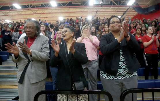 3/20/14: From left to right, Brianna's grandmothers and mother, Arlesia Turner, Frances Jones and Kelley Turner applaud as Brianna receives the the 2013-14 Gatorade National Girls Basketball Player of the Year trophy. Manvel's Brianna Turner was  named the 2013-14 Gatorade National Girls Basketball Player of the Year. at Manvel High School in Alvin, TX.  Presenting the award was 2006-07 player of the year Maya Moore, who plays in the WNBA. and Aminah Charles from Gatorade. Photo: Thomas B. Shea, Houston Chroncile / © 2014 Thomas B. Shea