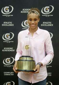 3/20/14: Manvel's Brianna Turner was  named the 2013-14 Gatorade National Girls Basketball Player of the Year. at Manvel High School in Alvin, TX.  Presenting the award was 2006-07 player of the year Maya Moore, who plays in the WNBA. and Aminah Charles from Gatorade. Photo: Thomas B. Shea, Houston Chroncile / © 2014 Thomas B. Shea