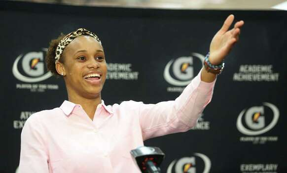3/20/14: Manvel's Brianna Turner was  named the 2013-14 Gatorade National Girls Basketball Player of the Year at Manvel High School in Alvin, TX.  Presenting the award was 2006-07 player of the year Maya Moore, who plays in the WNBA. and Aminah Charles from Gatorade. Photo: Thomas B. Shea, Houston Chroncile / © 2014 Thomas B. Shea