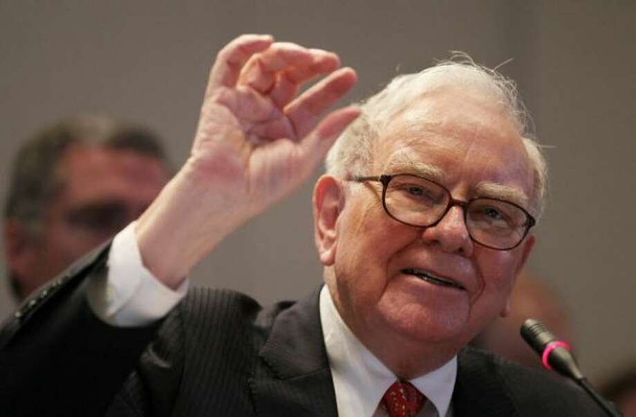 "4. Warren Buffett, 83, CEO of Berkshire Hathaway. ""While lauded as an investor, Buffett also leads 300,000 employees with a values-based, hands-off style that gives managers wide leeway and incentivizes them like owners."""