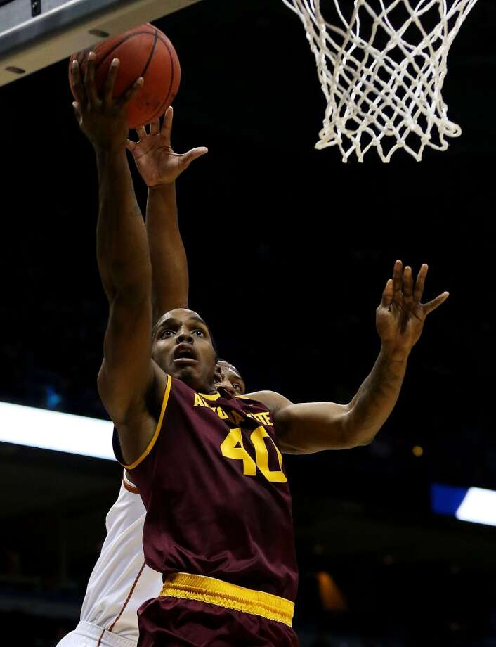Shaquielle McKissic of the Sun Devils drives against the Longhorns. Photo: Jonathan Daniel, Getty Images