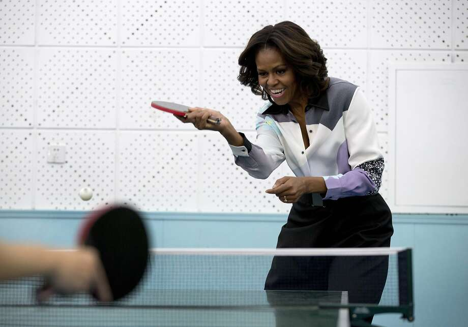 Ping-pong diplomacy:The first lady shows off her table tennis skills at the Beijing Normal 