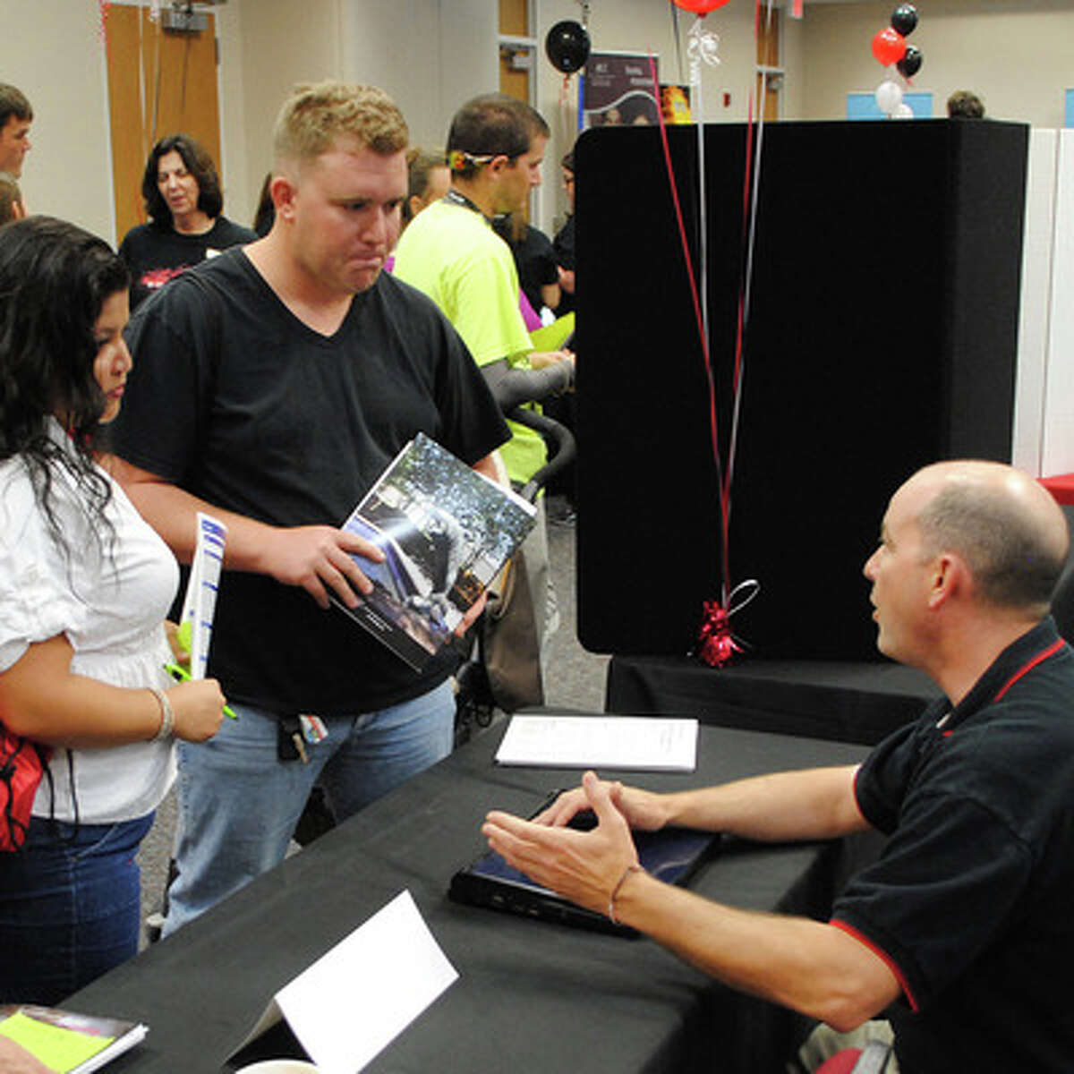 Alvin Community College will hold an open house on April 10.