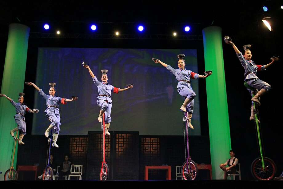 Nobody does top-notch stainless-steel bowl work like these guys anymore: Acrobats of the 