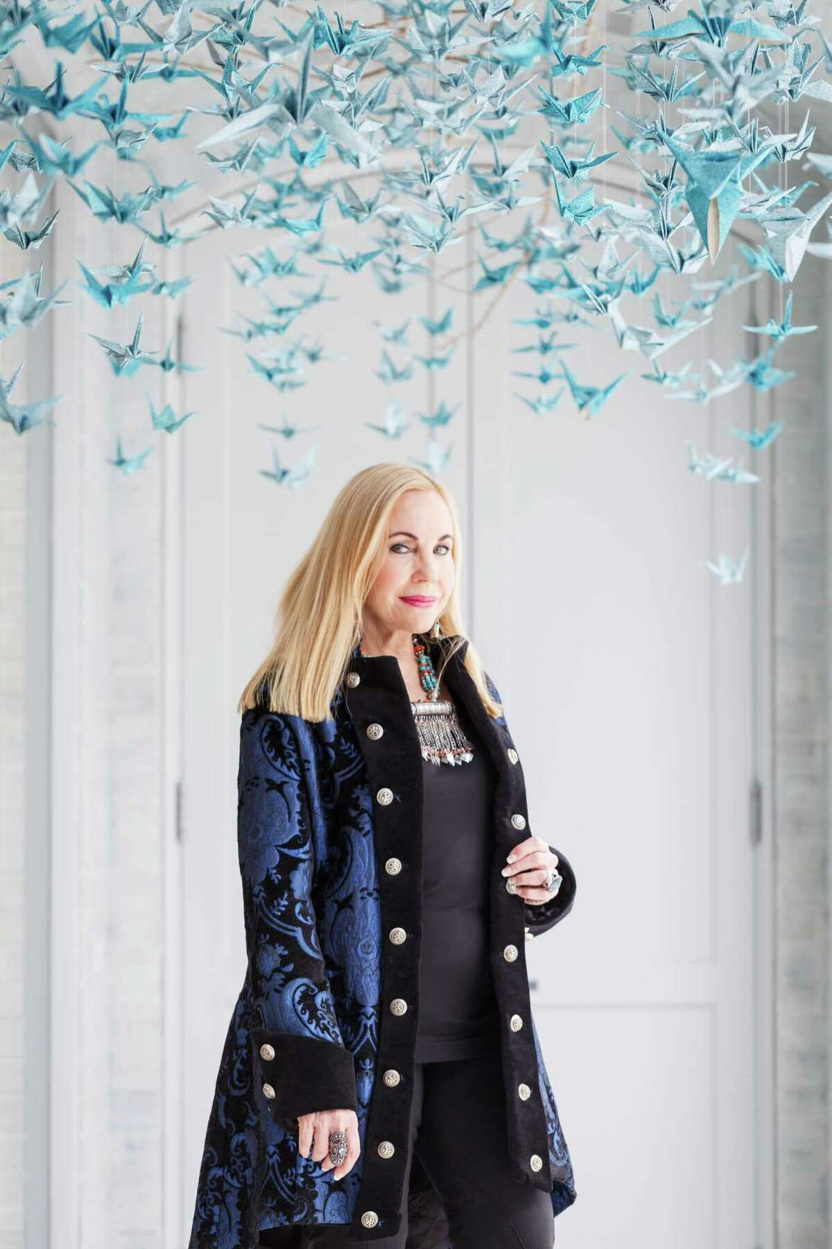 Philanthropist and socialite Carolyn Farb poses for a photo in her home, Thursday, Feb. 20, 2014, in Houston. ( Michael Paulsen / Houston Chronicle )